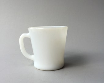 WHITE MILK GLASS Mug, Small Milk Glass Mug, Vintage white milk glass Coffee Mug, Fire King mug, small white coffee cup, Anchor Hocking cup