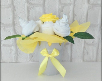 Unisex Baby Shower gift baby essentials flower pot gift maternity leave gift nappy cake