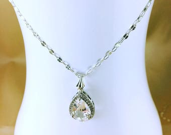 Léa Crystal Drop Wedding Necklace / Silver Chain Necklace and Drop Pendant