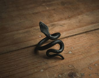 snake ring, goth jewelry, serpent ring, iron ring, gothic jewelry, viking ring, forged ring, goth ring, pagan ring, pagan jewelry