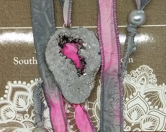 Druzy Silk Ribbon Wrap Bracelet, Titanium Druzy Bracelet, Ribbon Wrap Bracelet, Genuine Peat Bracelet
