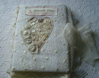 A Special Day. A BeautifulKeepsake Memento Journal for the Mother of the Bride