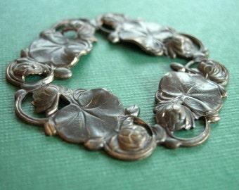 vintaj large waterlily pendant, waterlily pendant, brass waterlily pendant,  40mm