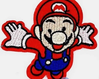 Embroidered back fusible patch Super Mario 7 cm