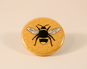 Honey Bee Button/pin
