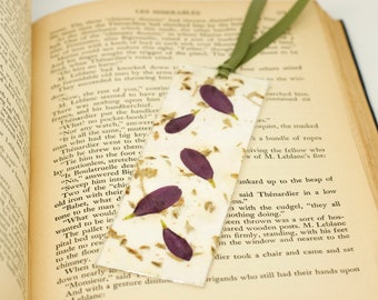 Bookmark, Handmade Paper, Pressed Flowers, Purple, Bookmark Accessory, Mother's Day Gift, Page Keeper, Laminated Bookmark