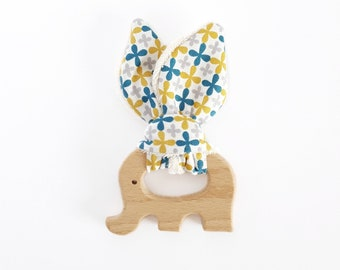 Ring Rattle Teether wood - elephant - organic cotton - clovers
