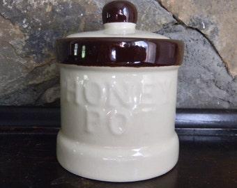 Honey Pot, Ceramic Honey Pot, Honey Pot and Lid, Honey Jar and Lid, 1970's Kitchenware, 1970's Servingware, Retro Kitchenware, Serving Jar