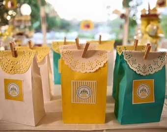 Paper Favour Bags or Candy Bags Pk20 - Yellow
