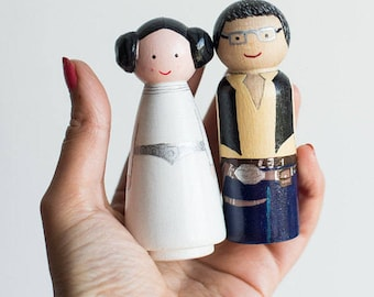 Wedding Toppers funny. Peg Dolls Stars Wars. Custom wooden wedding Cake Toppers gamer, Harry Potter, Disney, batman,Super Hero