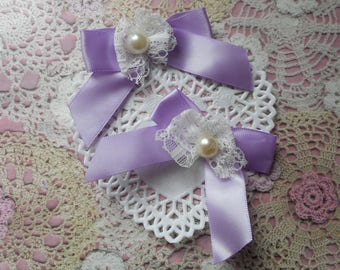 Purple (with 2 bows) satin with white lace bows and Pearl 7,00 cm tall