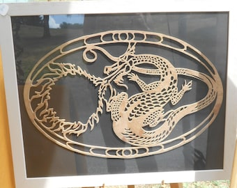 Lace wood: Dragon fretwork, finely cut in wood