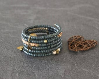 Cuff ethnic boho memory MULTISTRAND wrap green blue and bronze beads coco, Horn, wood, seeds, charms