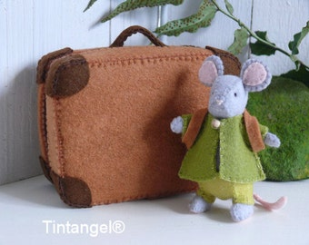 Travel mouse with suitcase - boy. DIY kits