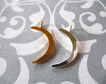 1 pc, Crescent Moon Charm Pendant / 24k Gold Vermeil or Sterling Silver / 16x10.5 mm, SMALL / astrology fantasy art only
