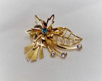 Vintage Gold Toned Rhinestone Flower Pin