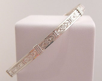 Sterling silver wire wrapped pattern bangle bracelet - Simple Pleasures