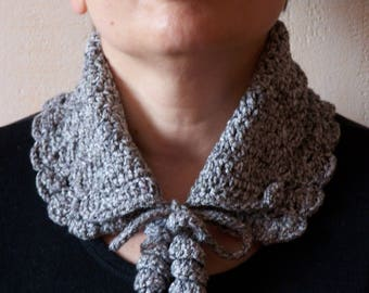 Collar in cotton for spring