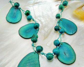 Vintage Turquoise Green Tagua Nut Necklace -321V