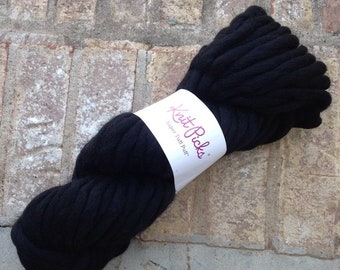 Destash - NEW Knitpicks Super Tuff Puff yarn in black, wool super jumbo single 200gr 44 yards
