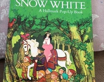 Vintage Snow White Hallmark Pop Up Book retold by Peter Seymour