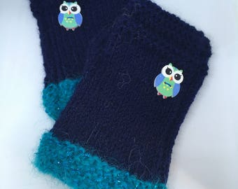 Blue fingerless gloves with owls