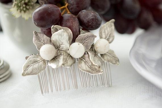 Silver Leaf Hair Comb, Silver Leaf Hair Piece, Bridal Hair Comb, Howlite Hair Comb, Silver Leaf Headpiece, White Howlite Hair Comb JESSICA