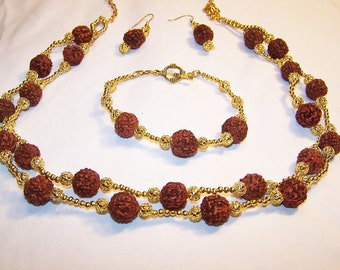 """Nutty """"Roses"""" jewelry set"""