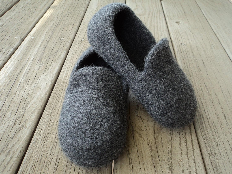PDF Mens Loafer Slipper Felted Wool Knitting Pattern