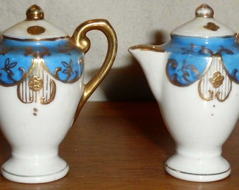 Occupied Japan Teapot Salt and Pepper Shaker Set