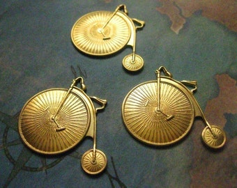 2 PC  Brass LG Penny Farthing / Antique Bicycle Charm Finding - Y001