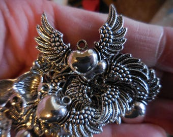 10 count WINGED HEART Heart with Wings Pendants Charm findings Silver-tone jewelry making Supplies DIY art upcycle assemblage