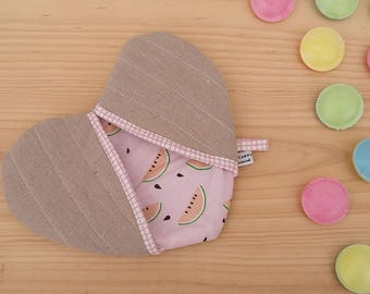 Manqiue heart - watermelon Potholder - pot holder in linen - heart Potholder in linen and watermelon - trivet heart pattern