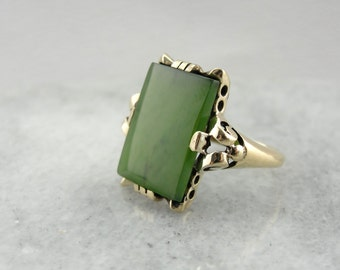 Vintage Jade Statement Ring in Yellow Gold RHDF93-R