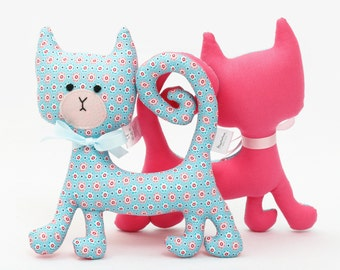 Blue Floral Rattling Curly Cat / Rattle / Stuffed Animal Sewed of Premium Quality Fabric / Soft Toy