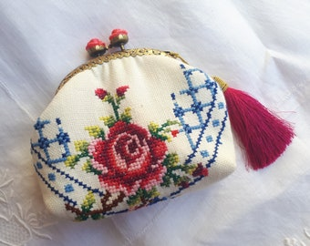 Handmade vintage embroidered materal coin purse/pouch with pink rose kiss lock frame