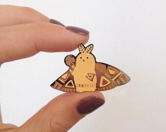 Moth pin enamel metal handmade Moth Brahmin Animal pins Butterfly pin Hard Enamel Pin Handmade pin Miniature animal brooch lapel pin animal