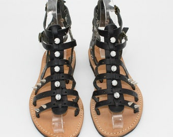 Black leather gladiators  SIZE 37, greek sandals, sandales noir cuir, sandales femme,