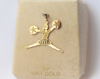 Wonderful Figural 10K Yellow Gold Yellow Gold Cheerleader Pom Pom Necklace Pendant