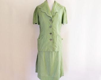 1940's Light Green Linen Dress Suit // Summer Dress Suit // Size Medium Large