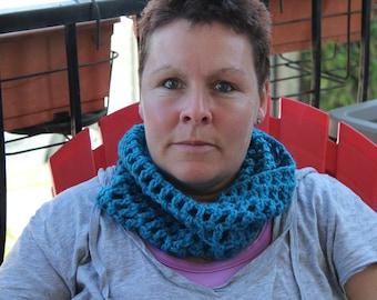 knitting, crochet cowls