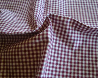 Cotton fabric and polyester Burgundy and white GINGHAM 160 x 60