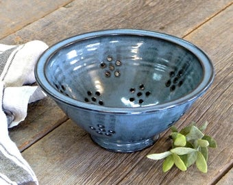 Colander – Pottery colander & strainer, Ceramic, Stoneware, Handmade, Wheel thrown