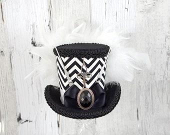 Black and White Zigzag Medium Mini Top Hat Fascinator, Alice in Wonderland, Mad Hatter Tea Party, Derby Hat