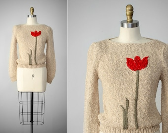 fitted sweater | floral sweater | chunky sweater | red tulip | tan sweater | short tan sweater | silk sweater