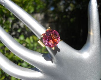 Vintage Ring with Pink Faceted Glass Stone Size 7