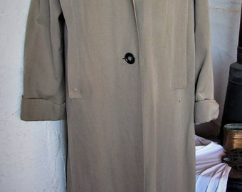 Vintage 1940's Overcoat Gaberdine Wool Coat Grey with Stitching Details & Butterfly Collar
