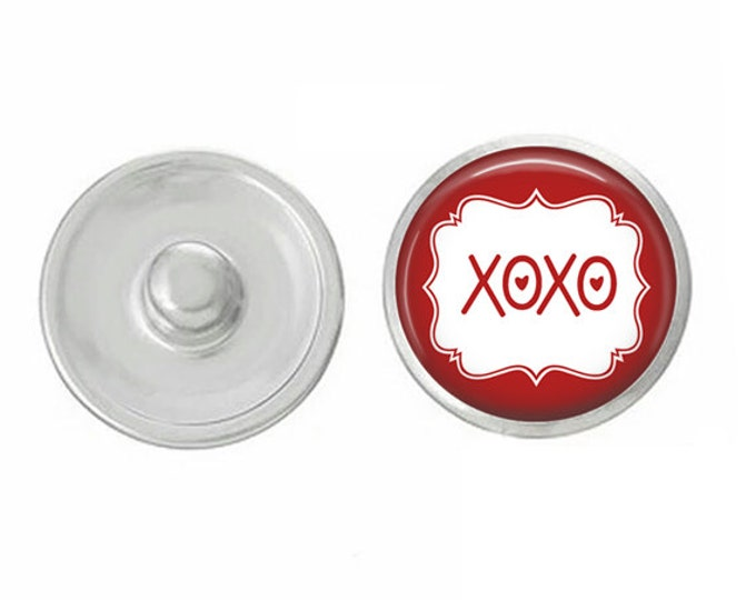 Hugs and Kisses - XOXO -  Snap - Compatible with Studio66 LLC -  Gingersnaps - Magnolia and Vine - Noosa 18-20mm Base - Handpressed Snaps