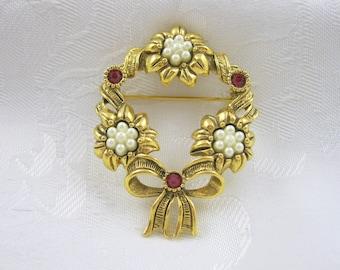 Vintage Avon Brooch Circular Flowers Rhinestones Goldtone