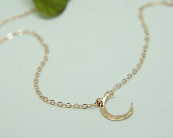 Moon Phase Necklace Moon Necklace Dainty Necklace Best Friend Gift Rose Gold Jewelry Gift for Her Celestial Moon Jewelry Gift for Women
